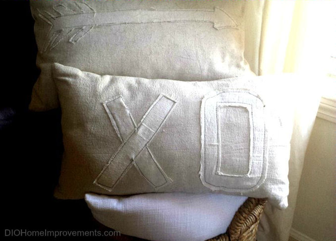 XO & Arrow Valentines Pillows
